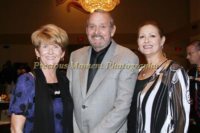 IMG_1358 Kitty & James Longfield with Cathy Bianchini