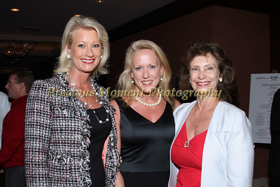 IMG_2831 Sandy Champagne,Diana Finney,Dr Karen Dodge