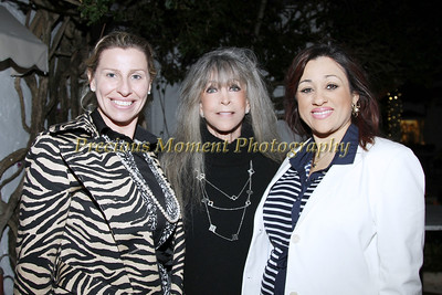 IMG9631 Nancy Deigham,Barbara Katz & Nadia Rodrigue