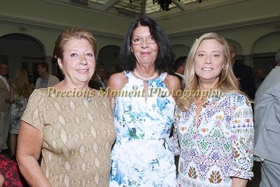 IMG_9483 Diane Jehle,Diane Seltzer & Elizabeth Matthews