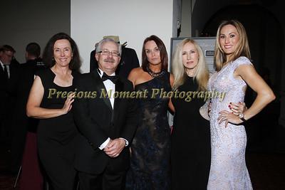 IMG_8689 Patty & Larry Moss,Kim Yencer,Kathryn & Ashley Maguire