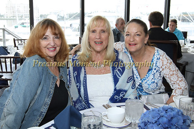 IMG_4184 Jeanne Rossi, Barbara Pond and Denise McGowan