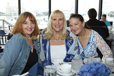 IMG_4186 Jeanne Rossi, Barbara Pond and Denise McGowan