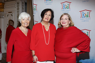 IMG_3762 Judi Kardash, Pat Dealoia & Michele Kelly