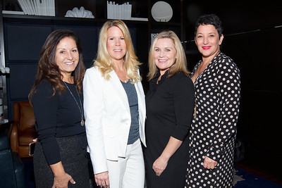 IMG_2195 Claudia McCaig, Donna Lewis, Laura Zele & Debra Tornaben