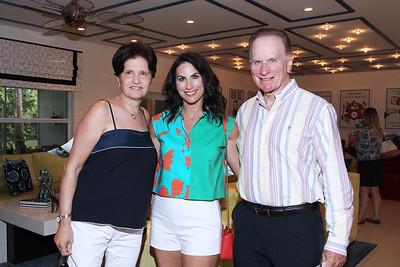 IMG_5247 Linda, Alena & Joe Capra