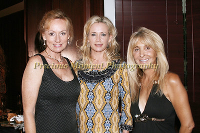 IMG_0579 Sherry Scott,Colleen Hanson & Donna De Francis