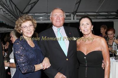 IMGL3130 Leslie Moss,Brandon & Diane Reid