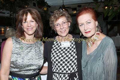 IMG_1558 Robin Sexton,Leslie Moss & Skira Watson
