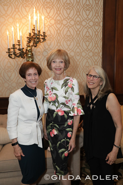 DR. CINDY GOODMAN, MARGARET DUDAS AND JUDY GRADWOHL