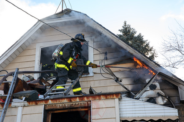Still and Box Alarm Fire 4304 W. Henderson January 04, 2017