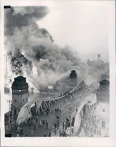 1-12-1951  5-11 ON LASALLE STREET KILLS A FF