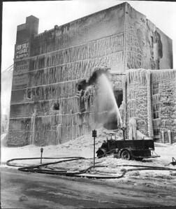 10-8-1958  HUBBARD STREET FIRE SCENE