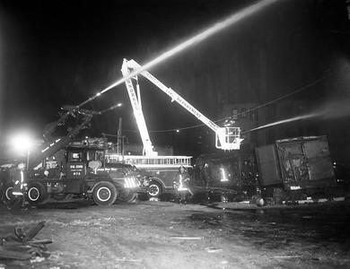 #9437-2   (12-17-1971)  4312 S COTTAGE GROVE   BIG JOHN & SS-1