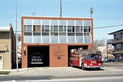 CHICAGO  ENGINE 15  FORD C8000 - E-ONE AND TRUCK 59  SEAGRAVE 100'