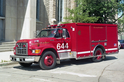 CHICAGO FD  AIR MASK 6-4-4  FORD F - LUVERNE