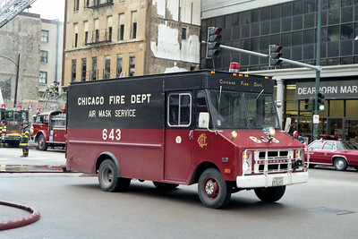 CHICAGO FD  AIR MASK 6-4-3  CHEVY STEPVAN  PASSENGER SIDE  AT A FIRE