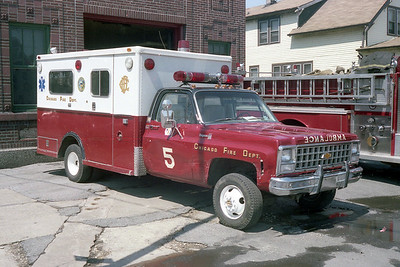 AMBULANCE 5  CHEVY - ABLE
