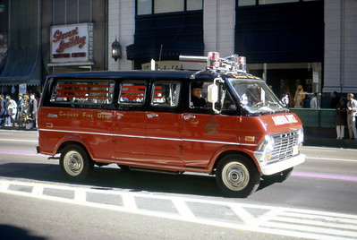 CHICAGO FD  AMBULANCE  1970 FORD     DON FEIPLE PHOTO