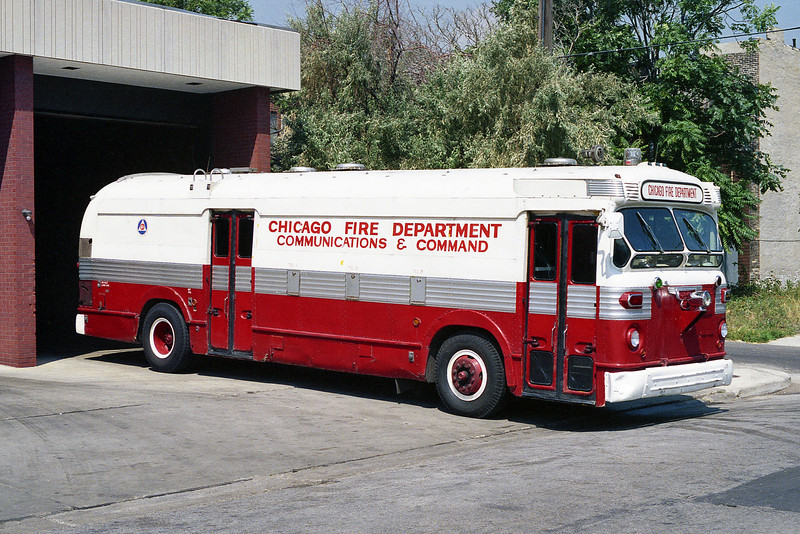 COMMAND VAN 271  X-CTA BUS