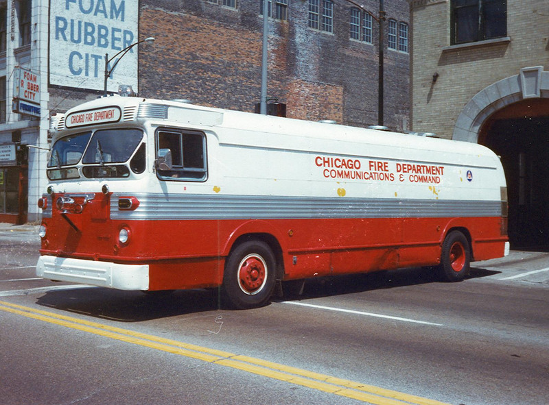 Command Van 424  (old CTA Bus)