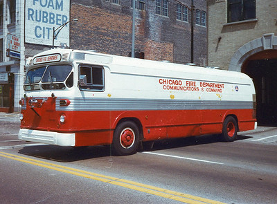 Command Van 424  (old CTA Bus)