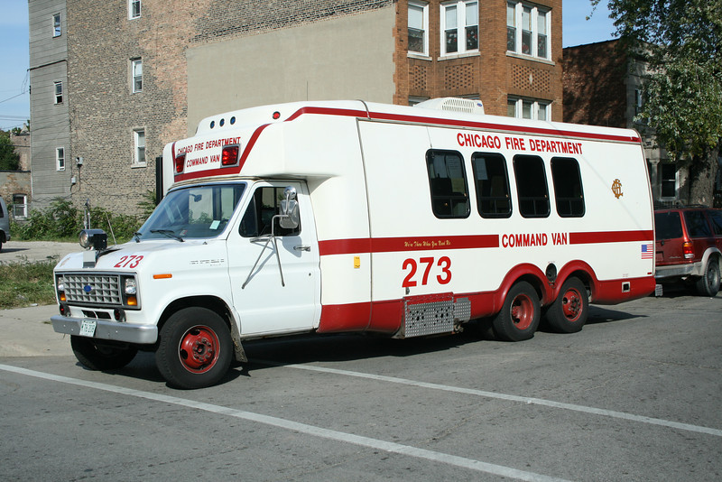 CHICAGO FD<br /> COMMAND VAN 273<br /> <br /> TO BE REPLACED IN 2008