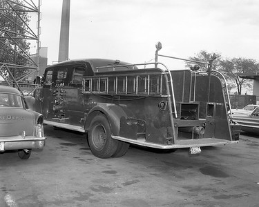 4728   ENGINE 5 D-184  1948  MACK 95LS SEDAN  1000-0
