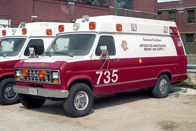 CHICAGO  SHOPS 735   FORD E - WHEELED COACH