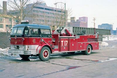 CHICAGO FD  TRUCK 17  1966  MACK C95 - PIRSCH   100' MIDSHIP