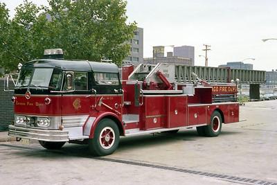CHICAGO FD  TRUCK 56  1966  MACK C95 - PIRSCH   100' MIDSHIP