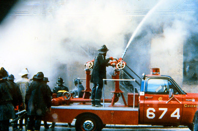 CHICAGO FD  TURRET WAGON 6-7-4  CHEVY - CFD   FLOWING WATER     DON FEIPLE PHOTO