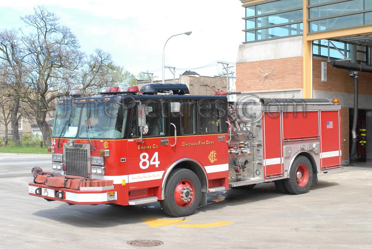 CHICAGO ENGINE 84 - 2001 SPARTAN/LUVERNE 1500/500 #FDD590