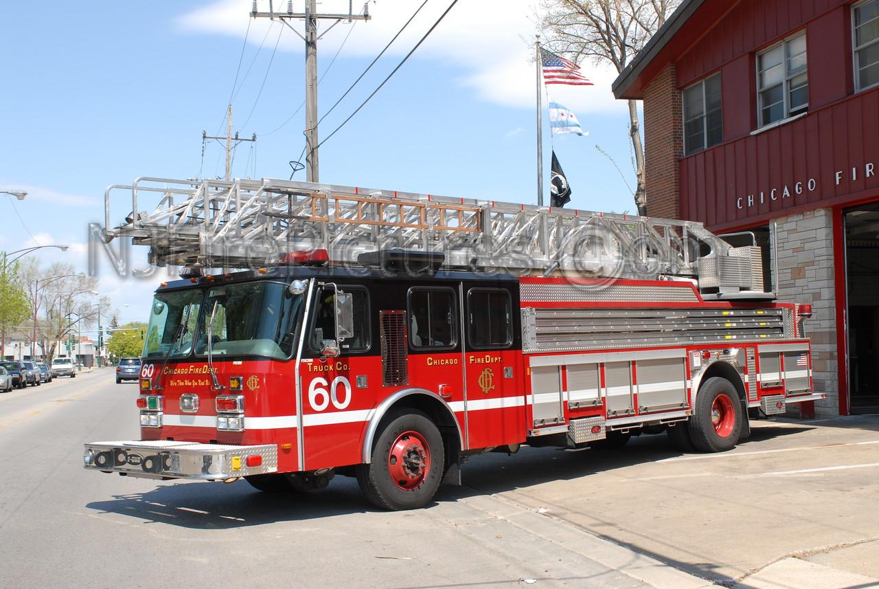 CHICAGO LADDER 60 - 2000 E-ONE 100' RM  #FDE286