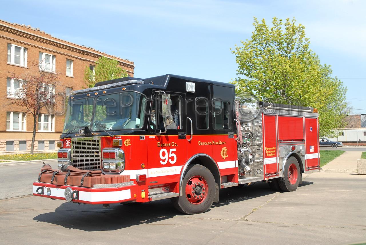 CHICAGO ENGINE 95 - 2005 SPARTAN/CRIMSON 1500/500 #FDD628