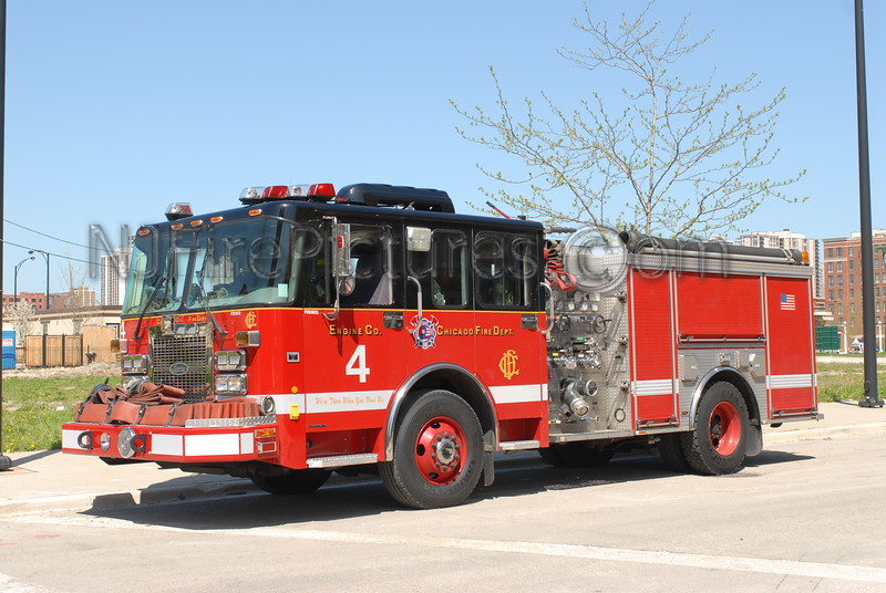 CHICAGO ENGINE 4 - 2002 SPARTAN/LUVERNE 1500/500 #FDD602