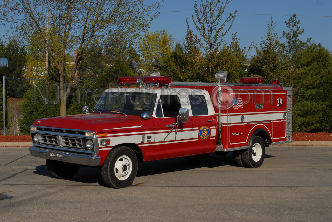 NORTHFIELD, IL UTILITY 29 - 1976 FORD F350/MARION