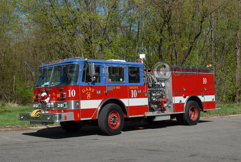 Gary - Engine 10 - 1990 Pierce Arrow 1500/500