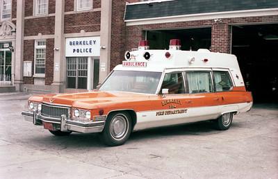 BERKELEY AMBULANCE 354    CADILLAC  DRIVERS SIDE