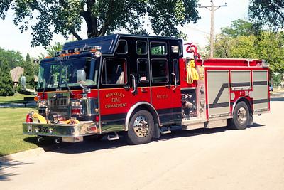 BERKELEY  ENGINE 352  1996 SPARTAN GLADIATOR -DARLEY  1500-500