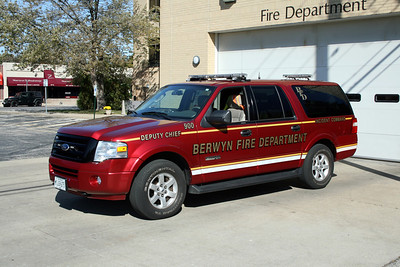 BERWYN FD  CAR 900  2008 FORD EXPEDITION  BF