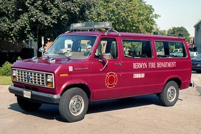 BERWYN  CAR 90  1986 FORD ECONOLINE VAN