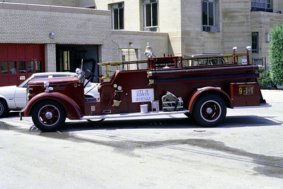 BERWYN  ENGINE  1940 FEDERAL - CENTRAL  500-200   ANTIQUE