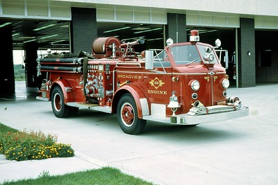 ENGINE 215  1952 ALFCO 700   1000 - 500