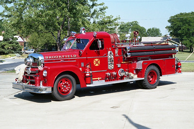 BROOKFIELD FD  ENGINE 318  1956 SEAGRAVE  1000-300   # K5120