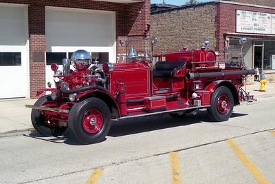 BROOKFIELD FD  ENGINE 1  1924  AHRENS FOX   800-60