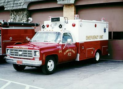 ELMWOOD PARK AMBULANCE 941  CHEVY -