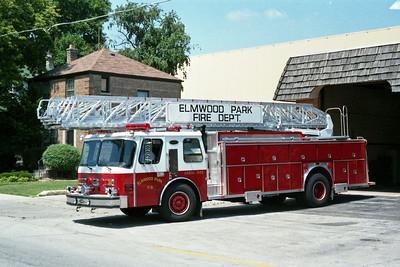 ELMWOOD PARK AERIAL 945   E-ONE