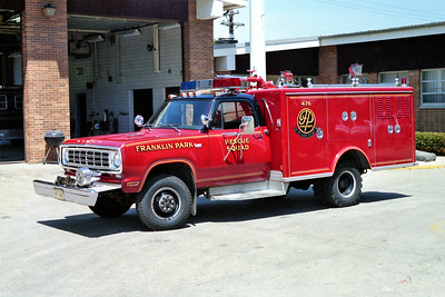 FRANKLIN PARK  SQUAD 476   1976 DODGE - PIERCE   100-300