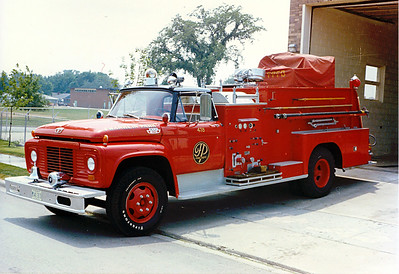 FRANKLIN PARK  ENGINE 478   FORD F800 - DARLEY